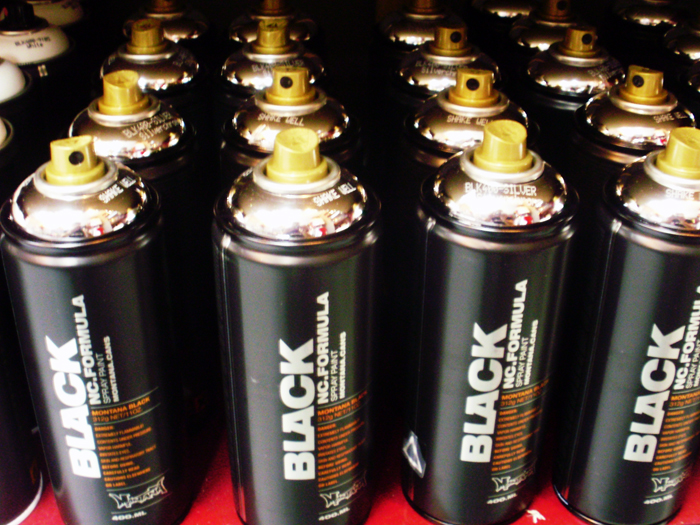 montana_cans_black_dedicated1
